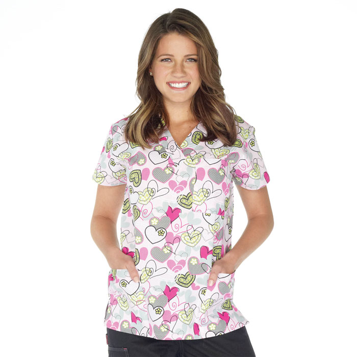 9904-1481-Ladies-3-Pocket-V-Neck-Top-Garden-Hearts